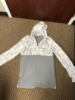 Fitted Light Weight  Under Armour Jacket Mens UA  Camo White
