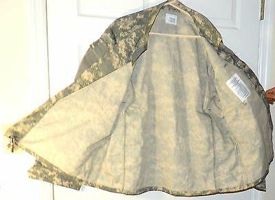 Mens XL camouflage Jacket poly resistant 8613
